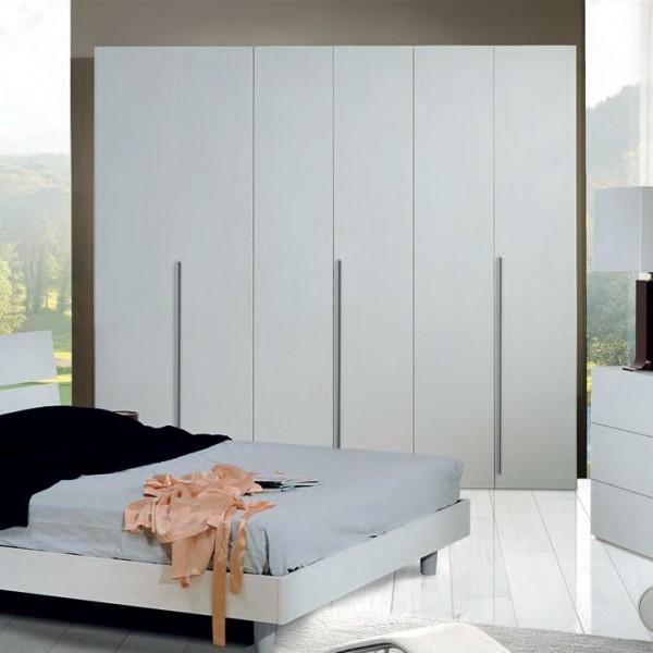 Шкаф платяной трех дверный STURM Step 2580x550x2400, цвет белая лиственница VSTE25801